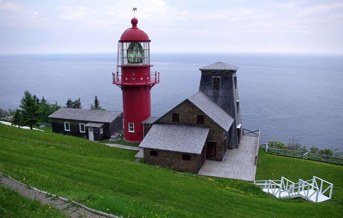 Le phare de Pointe-à-la-Renommée par Taguelmoust