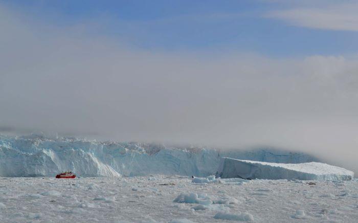 Front du glacier Eqipsermia, Groenland. Photo : Valérie de Nord Espaces