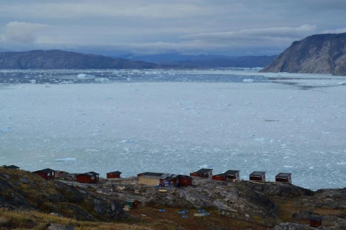 Le camp Eqi sur la côte Ouest du Groenland. Photo : Valérie de Nord Espaces