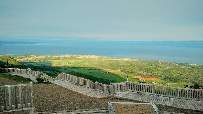La baie des Chaleurs vue depuis le Mont Saint-Joseph par Félix Mathieu-Bégin