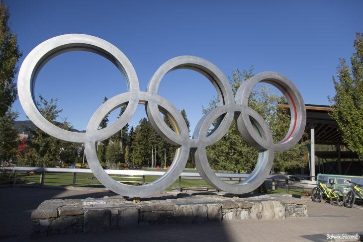 Souvenir des Jeux Olympiques d'Hiver à Whistler, en Colombie-Britannique - Nord Espaces