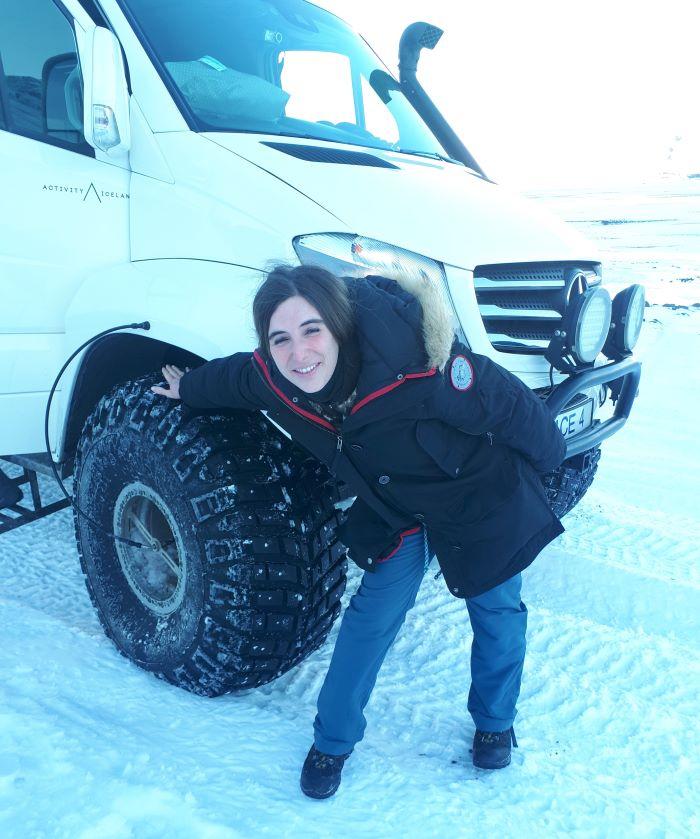 On ne plaisante pas avec les pneus en Islande. Photo : Natacha de Nord Espaces