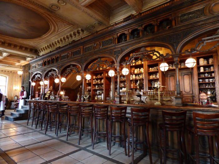 Bar du Café Pouchkine à Moscou. Photo : Julia de Nord Espaces