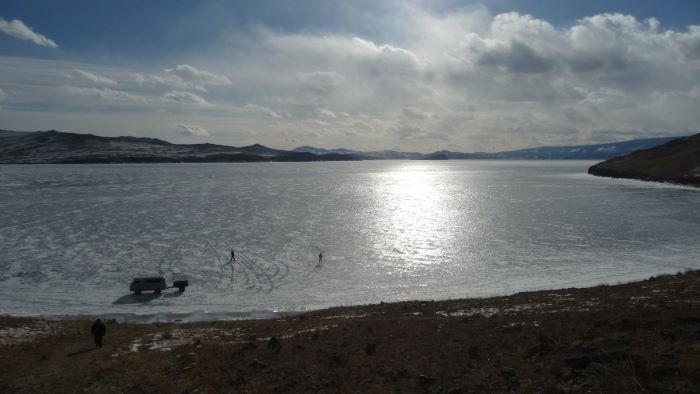 Le lac Baïkal englacé. Photo : Nord Espaces