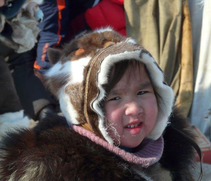 Enfant tchouktche. Photo : Julia de Nord Espaces