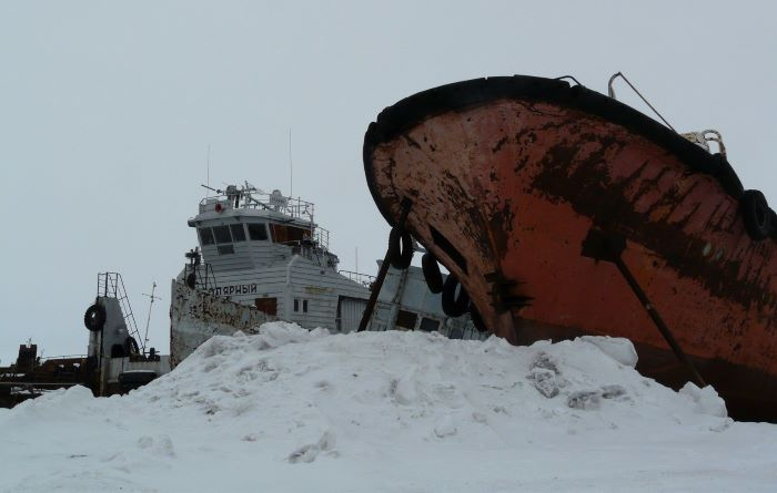 Dans le port d'Anadyr en hiver. Photo : Julia de Nord Espaces