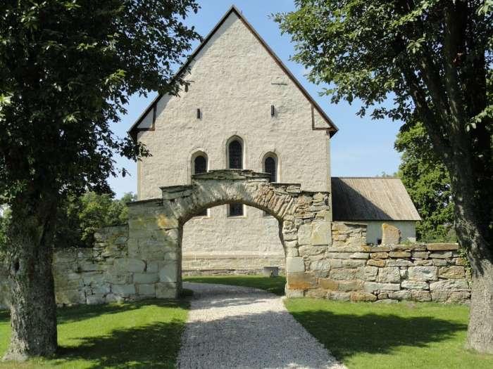 Eglise sur l'île de Gotland. Photo Nord Espaces