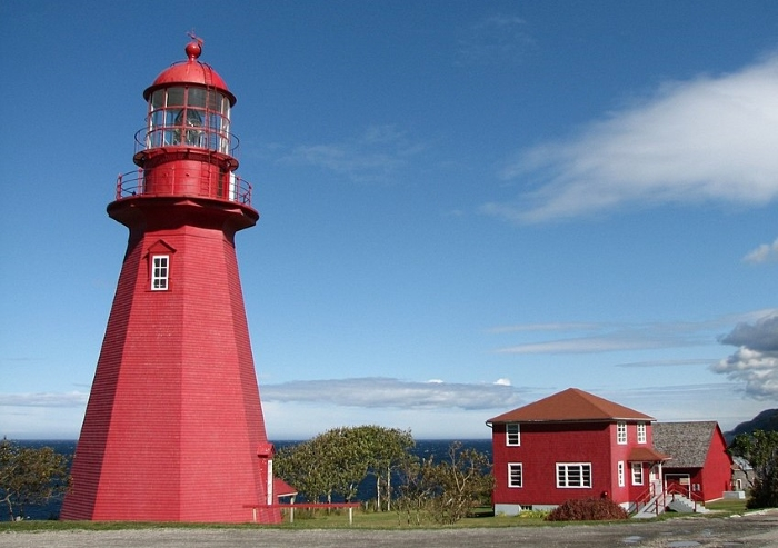 Le phare de La Martre par TCY