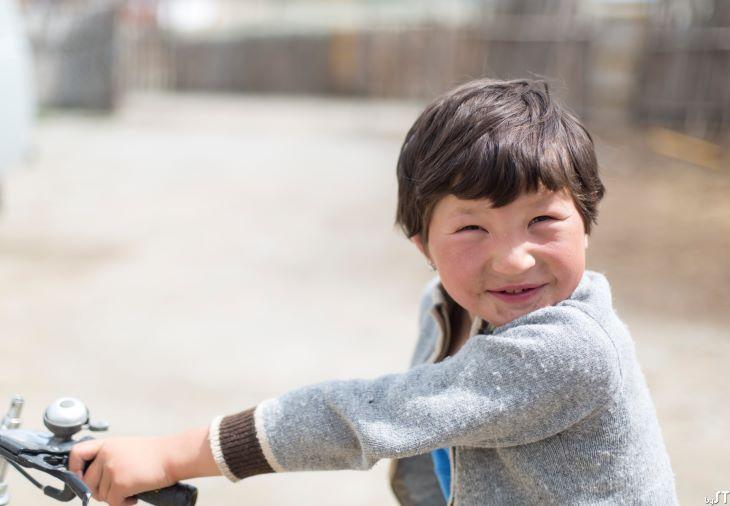 Ayujan, 9ans, Tsengel Sum, Altaï, Mongolie
