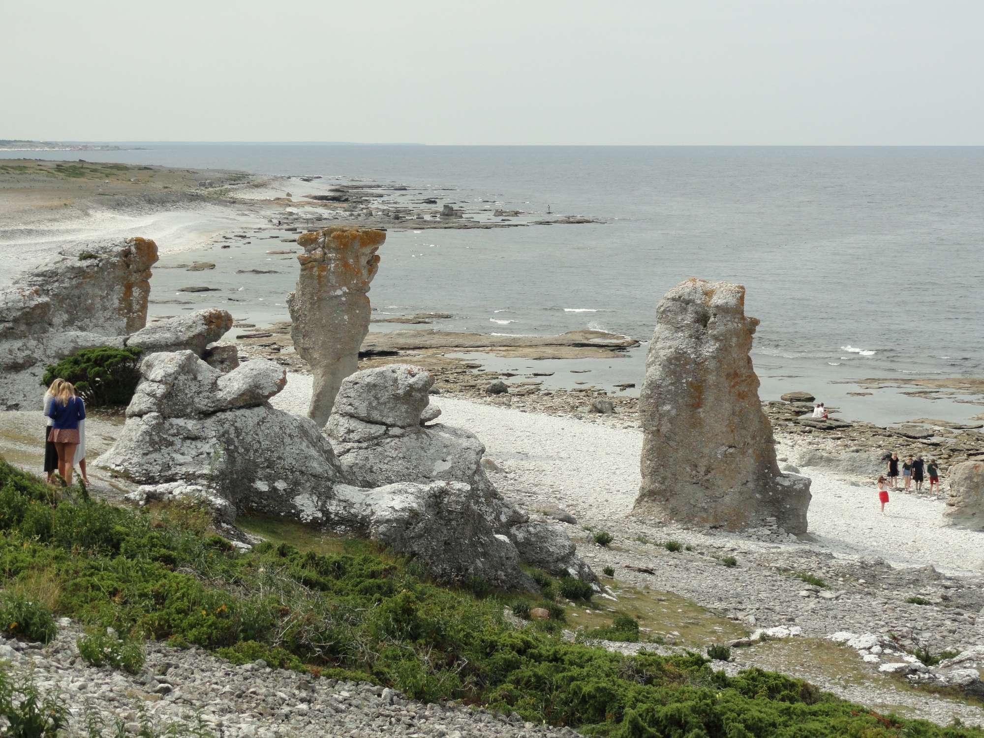 Raukar de l'île de Gotland. Photo Nord Espaces