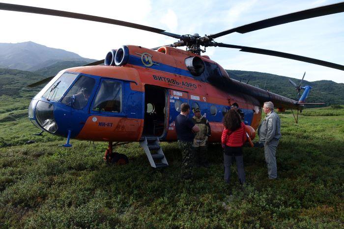 L'un de nos hélicoptères au Kamtchatka. Photo : Sébastien de Nord Espaces