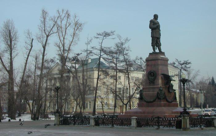 La statue de l'initiateur du Transsibérien, Alexandre III, à Irkoutsk. Photo : Sébastien de Nord Espaces