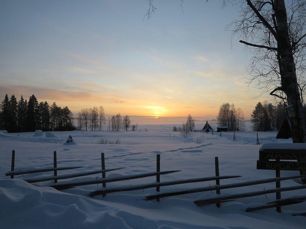 Lever du soleil près de Rovaniemi, par A P B