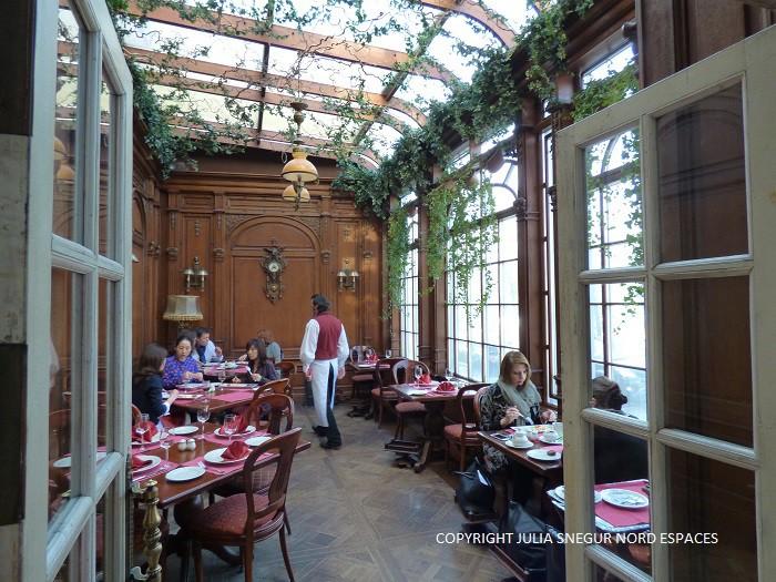 Au Café Pouchkine à Moscou - Nord Espaces