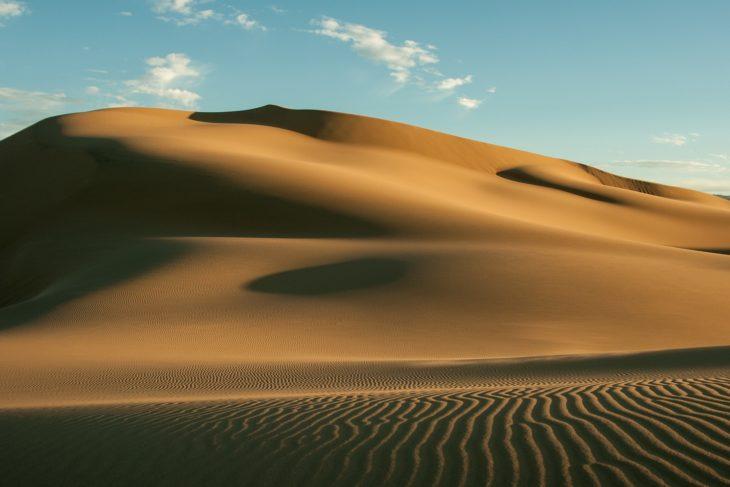 Désert de sable en Mongolie