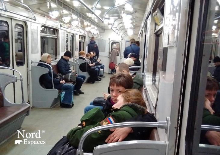Les wagons du métro russe à St.Pétersbourg