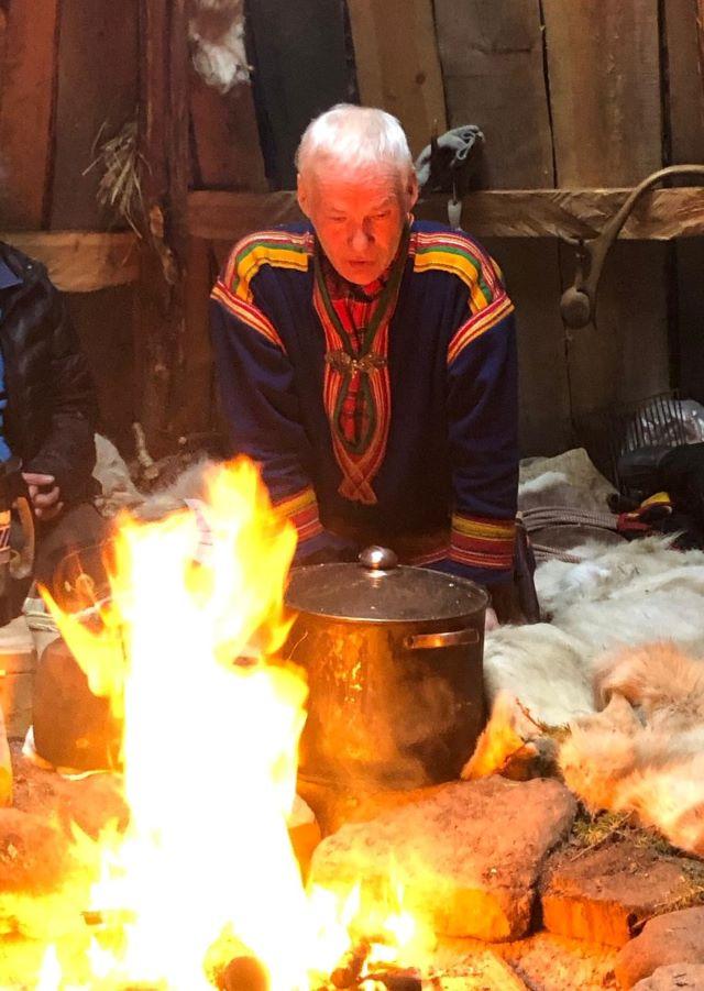 Le pot au feu de renne, spécialité sâme. Photo Brigitte B., février 2021