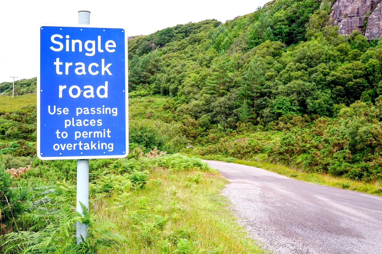 Route à une voie près d'Inveraray, Ecosse