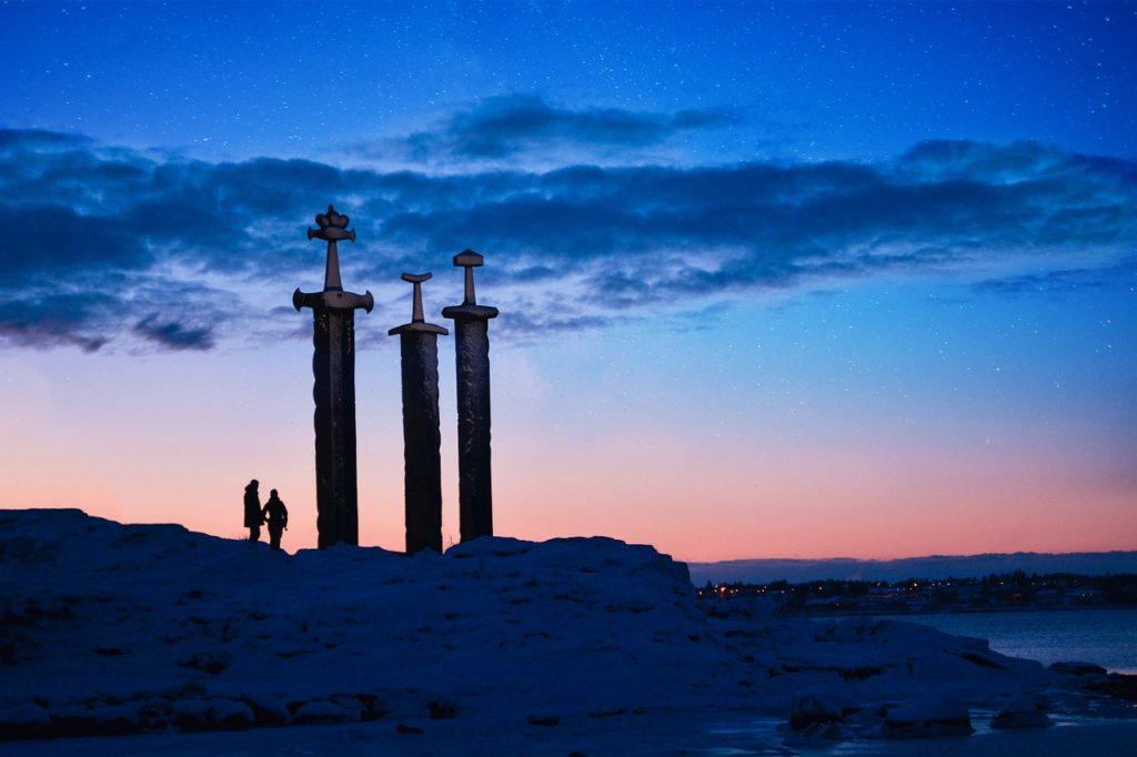 monument des trois epees stavanger