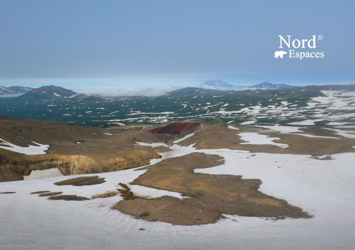 Vue du volcan Moutnovsky au Kamtchatka - Nord Espaces