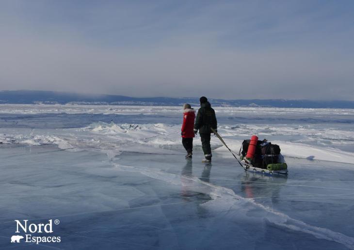 Promenade sur le lac Baïkal gelé - Nord Espaces