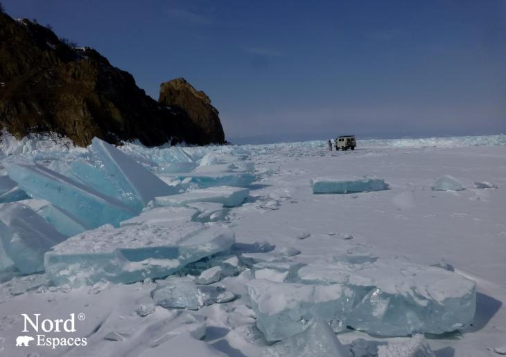 Traversée du lac Baïkal en 4x4 par la route de glace